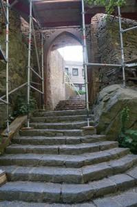Ziel: Treppe zum Burghof